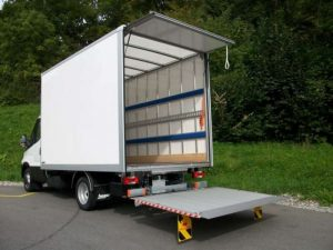 Lastentaxi Wien Transporter Ladebordwand